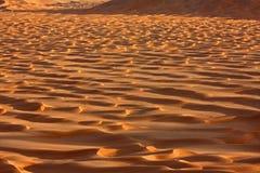 Piasek diuny przy Sunset-2: Pocierania Al Khali pustynia Zdjęcia Royalty Free