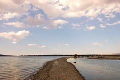 Piasek droga przez jezioro Zdjęcia Royalty Free