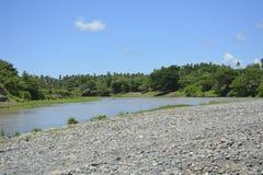 Piasek i żwir Deponujemy przy Padada-Miral rzeką, Lapulabao, Hagonoy zdjęcia royalty free