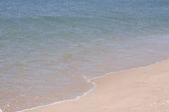Piasek plaża na słonecznym dniu Fotografia Stock