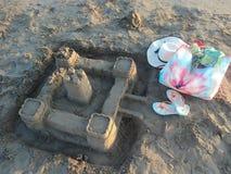 Piaska kasztel na plaży miejscowość wypoczynkowa strona Fotografia Royalty Free