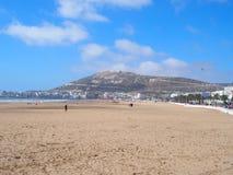 Piaskowata plaża w AGADIR podróży mieście przy Maroko Obrazy Royalty Free