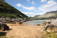 Piaskowata plaża w Cantabria, Hiszpania Zdjęcie Royalty Free