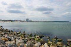 Piaskowatej plaży okręg Warnemunde Zdjęcia Royalty Free