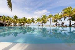 piaskowaty plażowy ocean Miesiąc miodowy na tropikalnej wyspie Mauritius Zdjęcia Stock