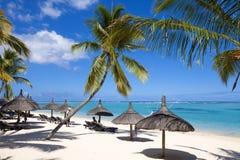 piaskowaty plażowy ocean Miesiąca miodowego o tropikalna wyspa Mauritius Obraz Stock