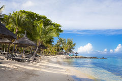 piaskowaty plażowy ocean Miesiąca miodowego o tropikalna wyspa Mauritius Obrazy Royalty Free
