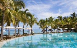 piaskowaty plażowy ocean Honeymooners na tropikalnej wyspie Mauritius Fotografia Stock