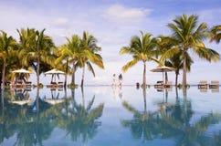 piaskowaty plażowy ocean Honeymooners na tropikalnej wyspie Mauritius Obrazy Stock