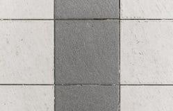 Piastrelle di ceramica quadrate interne o esteriori della cucina o