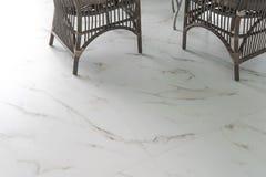 Piastrelle per pavimento di marmo nel salone fotografia stock