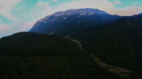 Piatra Craiului berg Royaltyfri Bild