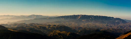 Piatra Craiului berg transylvania Rumänien Royaltyfri Fotografi