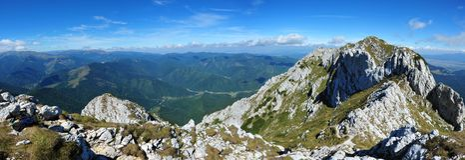 Piatra Craiului steep cliffs panorama Royalty Free Stock Images