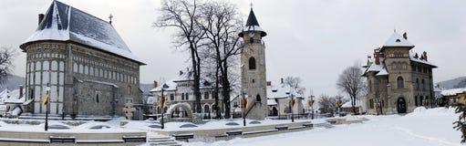 Piatra Neamt medeltida komplex, panorama Arkivbilder
