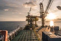 Piattaforma dell'impianto di perforazione di olio e di industria del gas Fotografia Stock