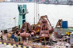 Piattaforma della gru di argo del  di Ñ nel porto Fotografie Stock Libere da Diritti