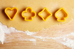 Piattaforma delle schede come taglierine del biscotto Fotografie Stock