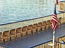 Piattaforma di barca del fiume Immagini Stock