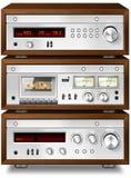 Piattaforma di cassetta compatta stereo di musica analogica audio con l'amplificatore a Fotografia Stock