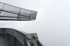 Piattaforma di osservazione di Alpspix in nebbia pesante Le alpi bavaresi Fotografie Stock