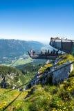 Piattaforma di osservazione nelle alpi Fotografia Stock Libera da Diritti