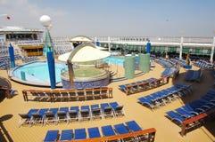 Piattaforma della nave da crociera, viaggiatore dei mari Immagini Stock Libere da Diritti