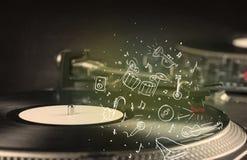 Piattaforma girevole che gioca musica classica con gli strumenti estratti icona Fotografie Stock Libere da Diritti