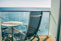 Piattaforma o balcone della nave da crociera sul viaggio nell'Alaska Fotografia Stock