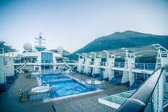 Piattaforma o balcone della nave da crociera sul viaggio nell'Alaska Fotografia Stock Libera da Diritti