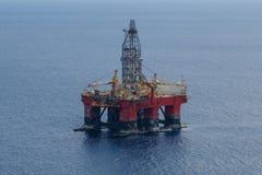 Piattaforma offshore del trapano - antenna, platfom di perforazione/impianto offshore Fotografia Stock