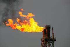 Piattaforma offshore della costruzione per il petrolio e gas di produzione, olio e industria del gas e duro lavoro fotografia stock