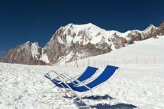Piattaforma-presidenze sotto Mont Blanc Fotografie Stock Libere da Diritti