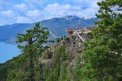 Piattaforma superiore di osservazione della montagna in Columbia Britannica Immagini Stock Libere da Diritti