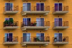 Piattaforme dell'appartamento in un grattacielo Fotografie Stock Libere da Diritti