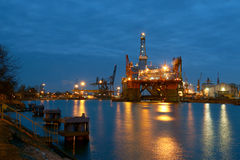 Piattaforme petrolifere Fotografie Stock Libere da Diritti