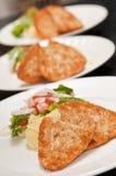 3 piatti con il pollo Immagine Stock