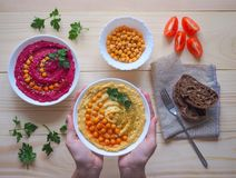 Piatti dei ceci hummus Cucina del Medio-Oriente magra immagine stock libera da diritti