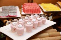 Piatti rosa cremosi Immagini Stock