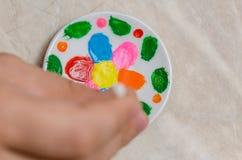 Piatto ceramico del tè dipinto casa Fotografie Stock
