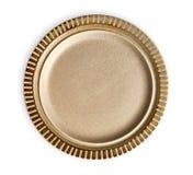 Piatto ceramico vuoto con il bordo del modello della banda, piatto di Brown con l'orlo di marrone scuro, vista da sopra isolato s fotografia stock