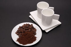 Piatto con caffè e due tazze del caffè espresso Fotografia Stock Libera da Diritti