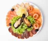 Piatto dello spuntino dei frutti di mare Immagini Stock