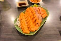 Piatto di color salmone di freschezza dal mare di Giappone Fotografia Stock Libera da Diritti