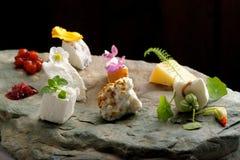 Piatto di formaggio pranzante fine Fotografia Stock Libera da Diritti