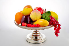 Piatto di frutta di cristallo Fotografia Stock Libera da Diritti