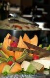 Piatto di frutta misto Immagini Stock