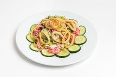 Piatto di insalata su fondo bianco Immagini Stock Libere da Diritti