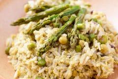 Piatto di risotto con asparago Fotografia Stock