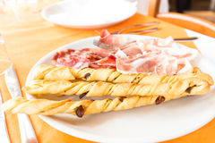 Piatto di salame e di pane Immagine Stock Libera da Diritti